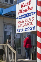 20-05-2020 - Lansing, Michigan, USA Coronavirus Pandemic, barber shop owned by KarlManke. Manke defied Michigan Gov. Gretchen Whitmer's order closing nonessential businesses during the crisis and became a hero of... © Jim West