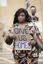 27-06-2020 - Focus E15 Mothers Chain of Power protest the scandal of Newham Council leaving 400 empty homes at the Carpenters Estate while those living at the Brimstone House hostel and many others need safe housi... © Jess Hurd