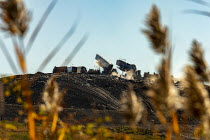 10-13-2020 - Detroit, USA. Lorries dumping rubbish at a landfill site, Republic Services Carleton Farms Landfill, New Boston © Jim West