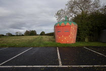 15-10-2020 - Closed Strawberry shaped roadside shop, Melton Constable, Norfolk © John Harris