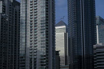 20-10-2020 - Canary Wharf, Docklands, Isle of Dogs, East London. One Canada Square © Jess Hurd