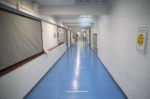 27-11-2020 - Empty corridor, Lansbury Lawrence Primary School during Covid pandemic lockdown, Poplar, East London. © Jess Hurd