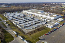 15-12-2020 - Allen Park, Michigan USA: Delays at US Postal Service Mail Distribution Center. Lengthy delays of weeks and months in processing mail at the USPS Detroit Network Distribution Center. Besides many trai... © Jim West