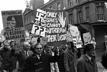 08-12-1970 - National strike against the 1971 Industrial Relations Bill, London 1970. SOGAT members © NLA