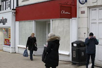 04-03-2021 - Shoppers wearing face masks and closed shops, Stratford upon Avon, Warwickshire © John Harris