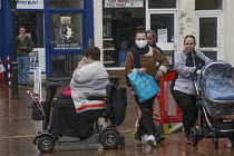 19-03-2021 - Family shopping, Market Place, Banbury © John Harris