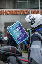 07-04-2021 - Deliveroo workers striking over pay, terms, conditions and safety, Shoreditch, Hackney, East London © Jess Hurd